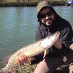 فيديو: (اللفاح في بريطانيا) فيلم قصير لشاب كويتي عن تجربته في الحداق وصيد الأسماك في بريطانيا