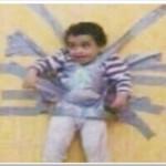 فيديو: قناة العربية: مطالبات في السعودية بمعاقبة سعودي قام بإلصاق أبنه بشريط لاصق على الجدار