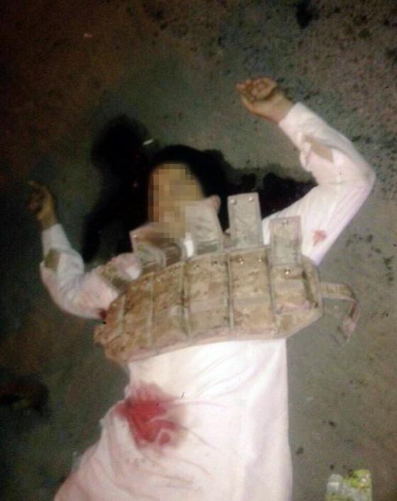 مقتل إرهابي داعشي هاجم حسينية الحيدرية برشاش في مدينة سيهات شرق السعودية