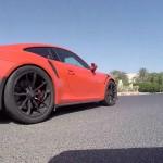 فيديو: حلقة جديدة من برنامج السيارات Q8Stig مع سيارة بورش GT3RS الجديدة
