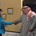"""فيديو: تسجيل نادر لمقابلة الفنان """"سعد الفرج"""" في برنامج «ستوديو 300» مع الإعلامية د.حصة الملا"""