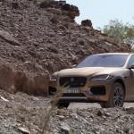فيديو: حلقة جديدة من برنامج السيارات Q8Stig مع سيارة جاغوار Jaguar F Pace الجديدة