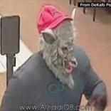 فيديو/ CNN: سارق بقناع ذئب يثير نوبة ضحك في نشرة الأخبار