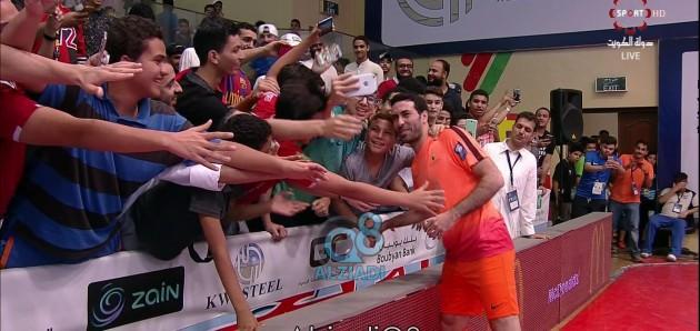 فيديو: هكذا استقبل الجمهور النجم محمد أبو تريكه في دورة الروضان 18-6-2017